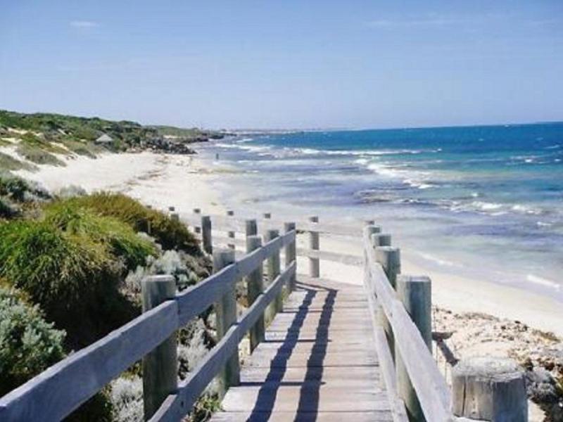City Beach Perth Cafe